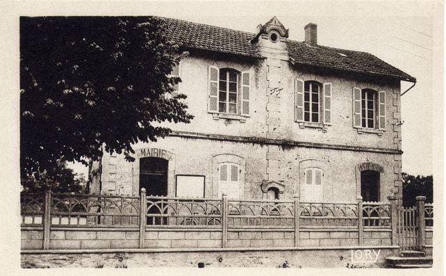 la_mairie__lory_[1]