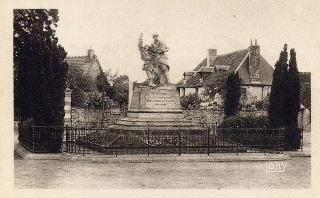 le_monument_aux_morts__lory_[1]