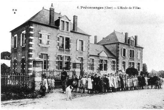 Ecole des filles construite en 1904