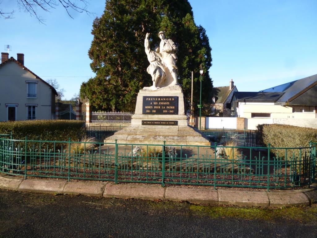 L'inauguration du monument aux morts date de